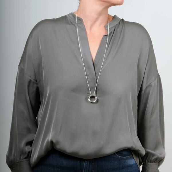 Wave Medium Silver Pendant - Maureen Lynch